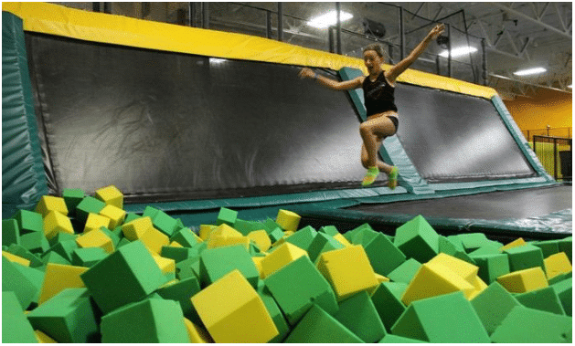 Soar into 2018 by Keeping 5 New Year's Resolutions at Rockin' Jump